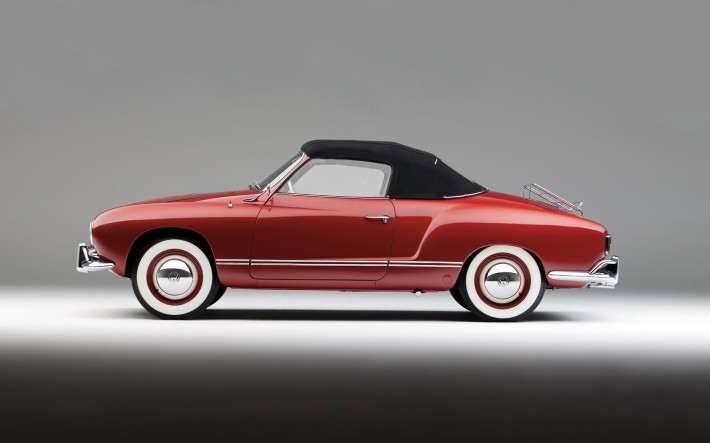 1958-Volkswagen-Karmann-Ghia-left-side-view
