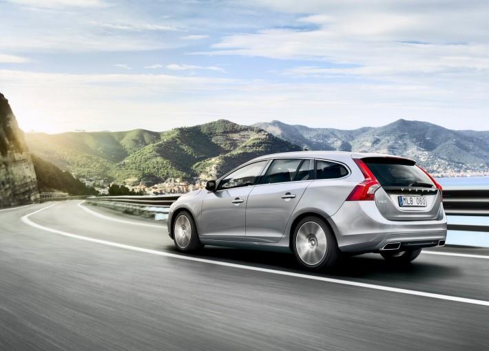 Volvo-V60_2014