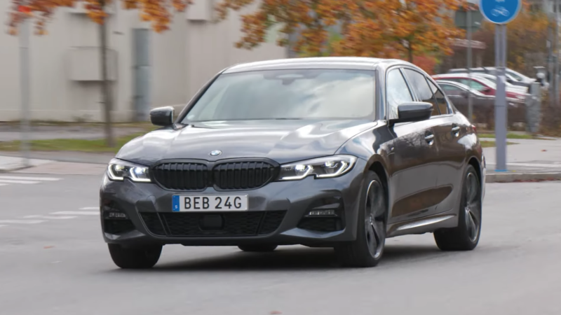BMW 330e laddhybrid test