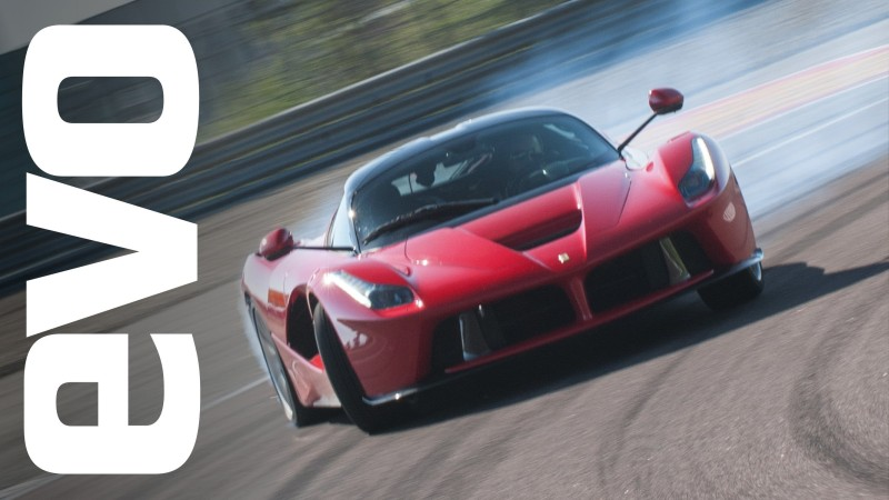 Ferrari LaFerrari provkörd