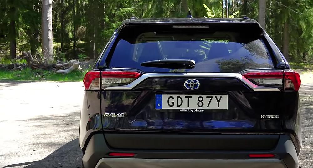 Test Toyota RAV4